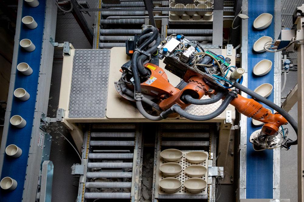 Hörter Tonwarenfabrik Produktion Roboter Formatierung