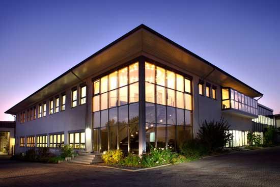 Aussenaufnahme der Firma Hörter Keramik Tonwarenfabrik aus Ransbach-Baumbach